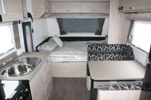 Eastern Caravan Hire Jayco caravan starcraft beds and kitchen